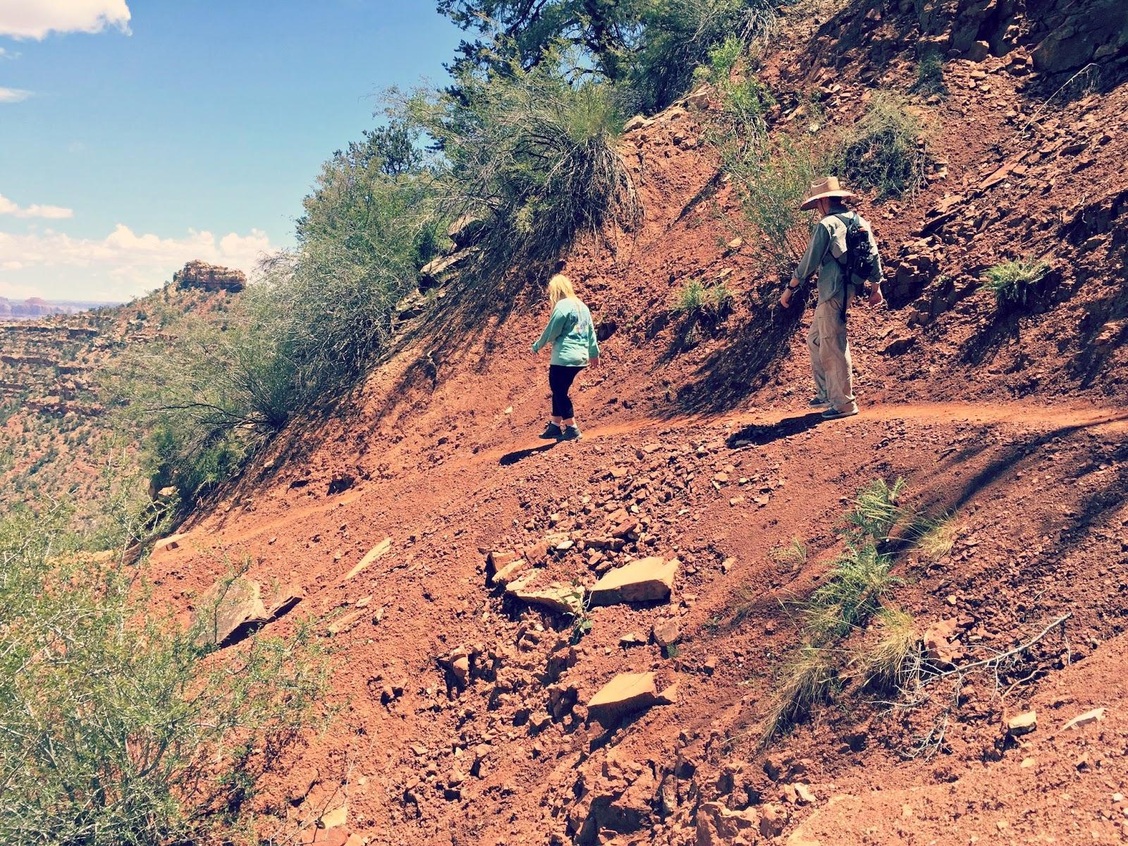 hiking grand canyon arizona