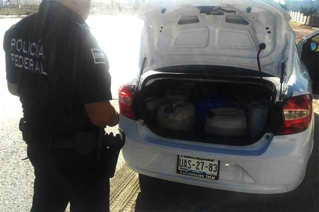 Taxi UBER utilizaba gasolina robada