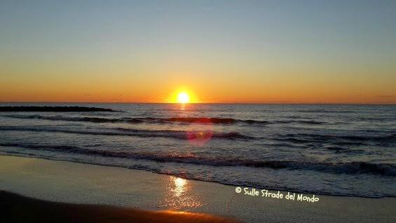 mare al tramonto