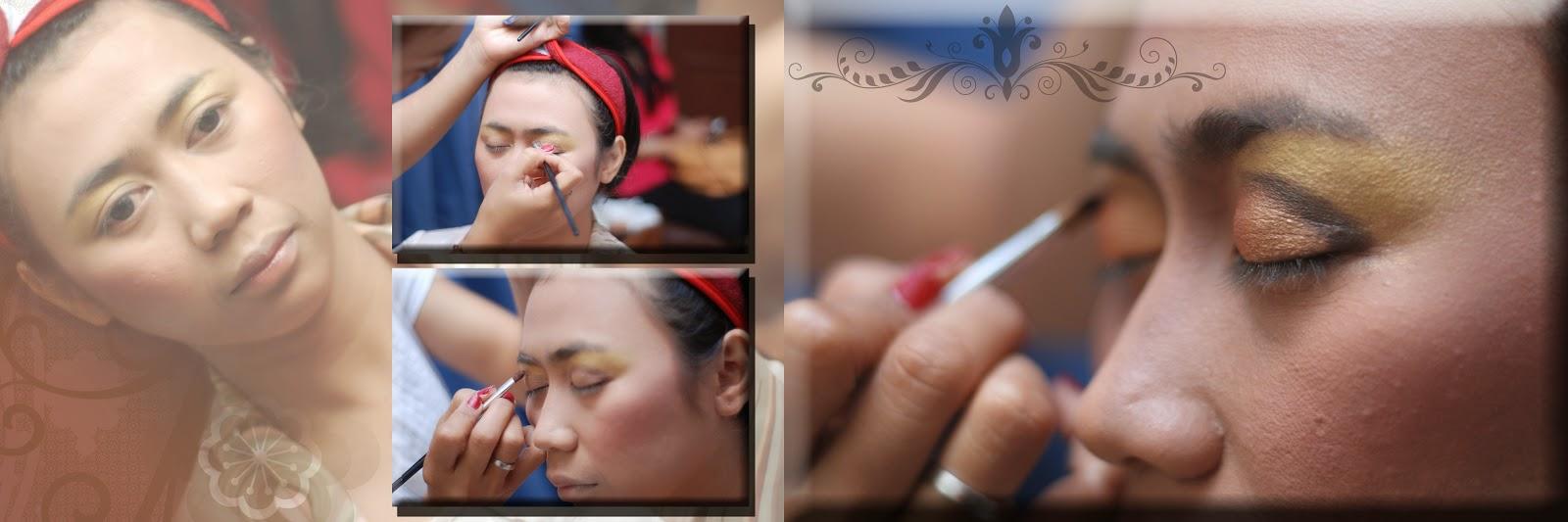DOKUMENTASI JASA FOTO VIDEO SHOOTING PERNIKAHAN ADAT BALI MURAH ALBUM KOLASE DI JAKARTA CIBUBUR