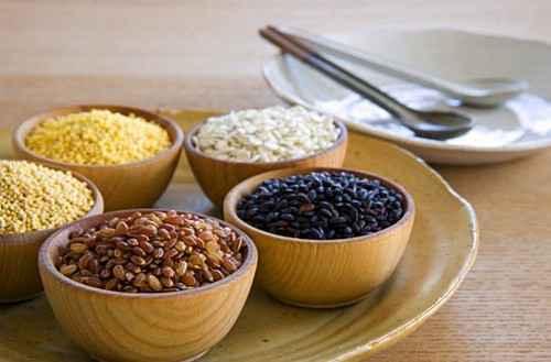 أفضل 10 أطعمة تقلل من ارتفاع ضغط الدم