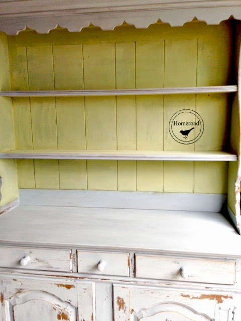 Miss-Mustard-Seed-Painted-Hutch www.homeroad.net