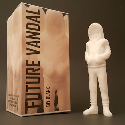 Future Vandal Do It Yourself Edition Resin Figure by CADatonic