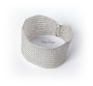 http://universulbijuteriilor.blogspot.ro/p/chd002-bratara-silver-tryzantine-chain.html