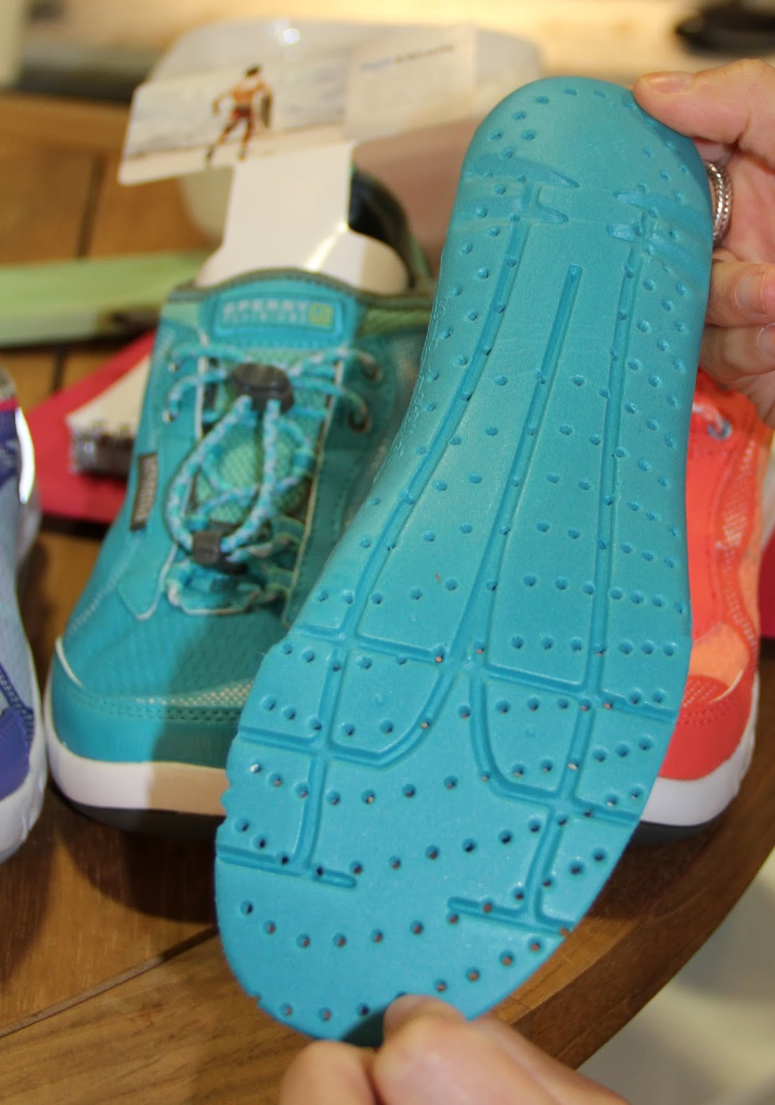 Up Ss15 water Sperry Stand Pb's Outdoor Trends Shoes Retailer Cool qGUMpzVS