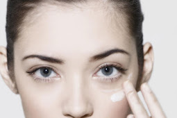 Causes and 3 Approved Treatment Dark Circles Beneath The Eyes