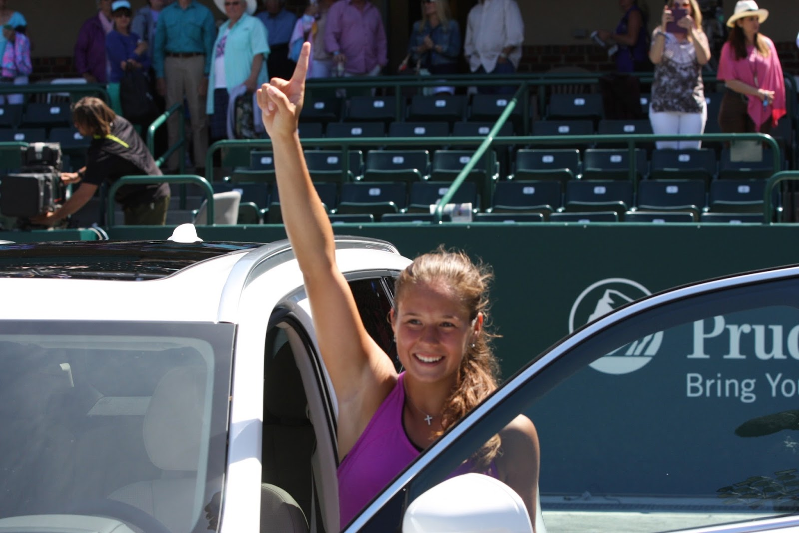 Women Who Serve Playing With The Brain Kasatkina Wins Volvo Car Open