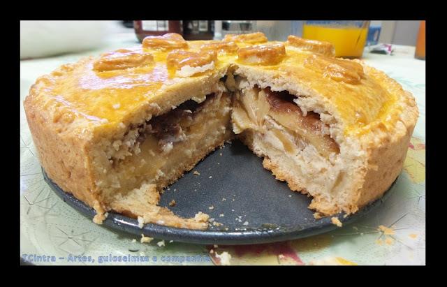 torta doce; sobremesa com maçã; cream cheese e maçãs; TORTA DE MAÇÃ