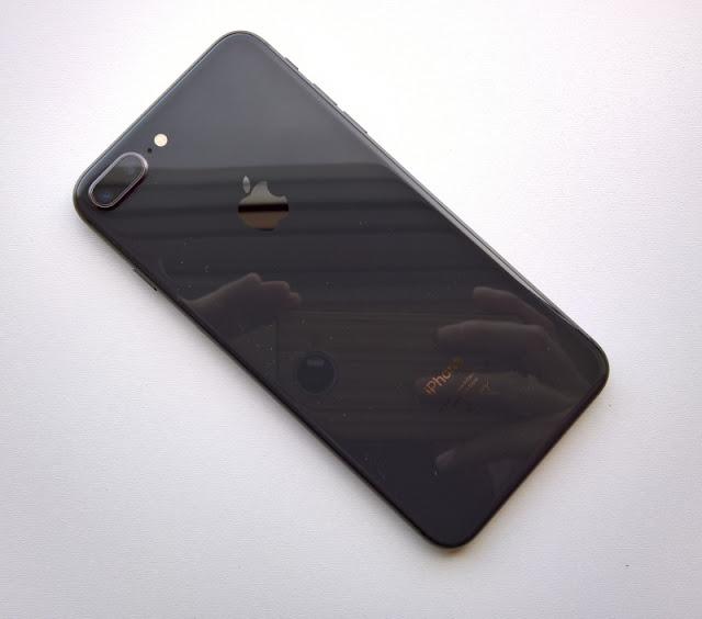 iOS 11.2, iPhone 8 ve iPhone X'te Daha Hızlı 7.5W Kablosuz Şarjı Etkinleştirmek