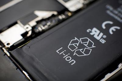 Baterai bakal cepat rusak bila di-charge terus menerus