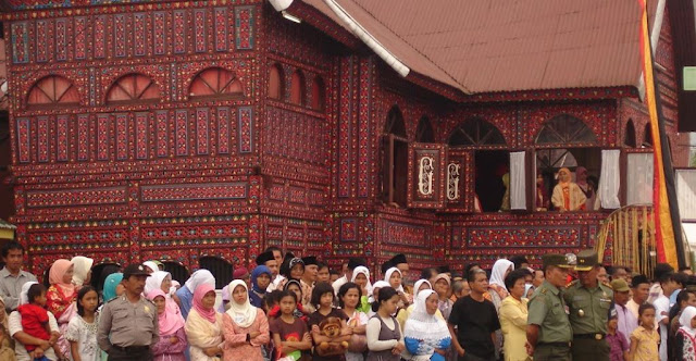 Kata Pusaka Sistem Kekerabatan Matrilineal Minangkabau