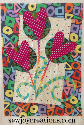 heart roses applique quilt block designed by Pat Sloan