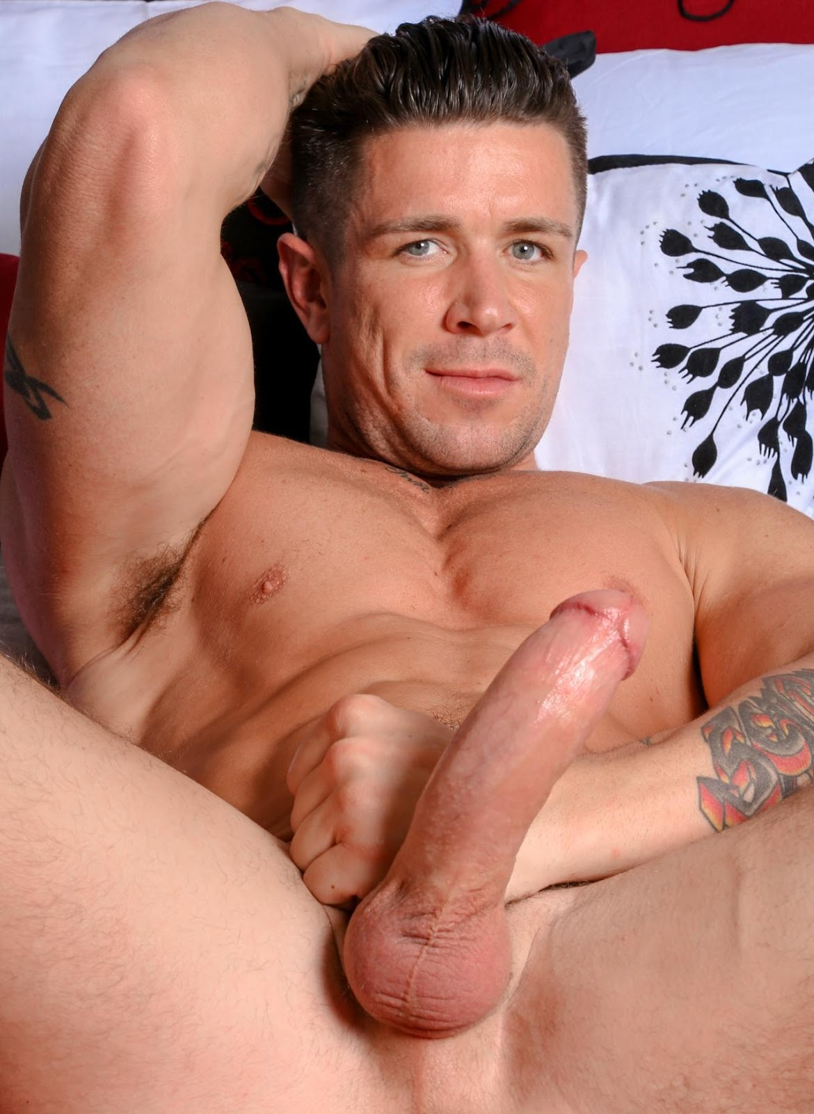 Marc vidol and marcello russo jerk off 7