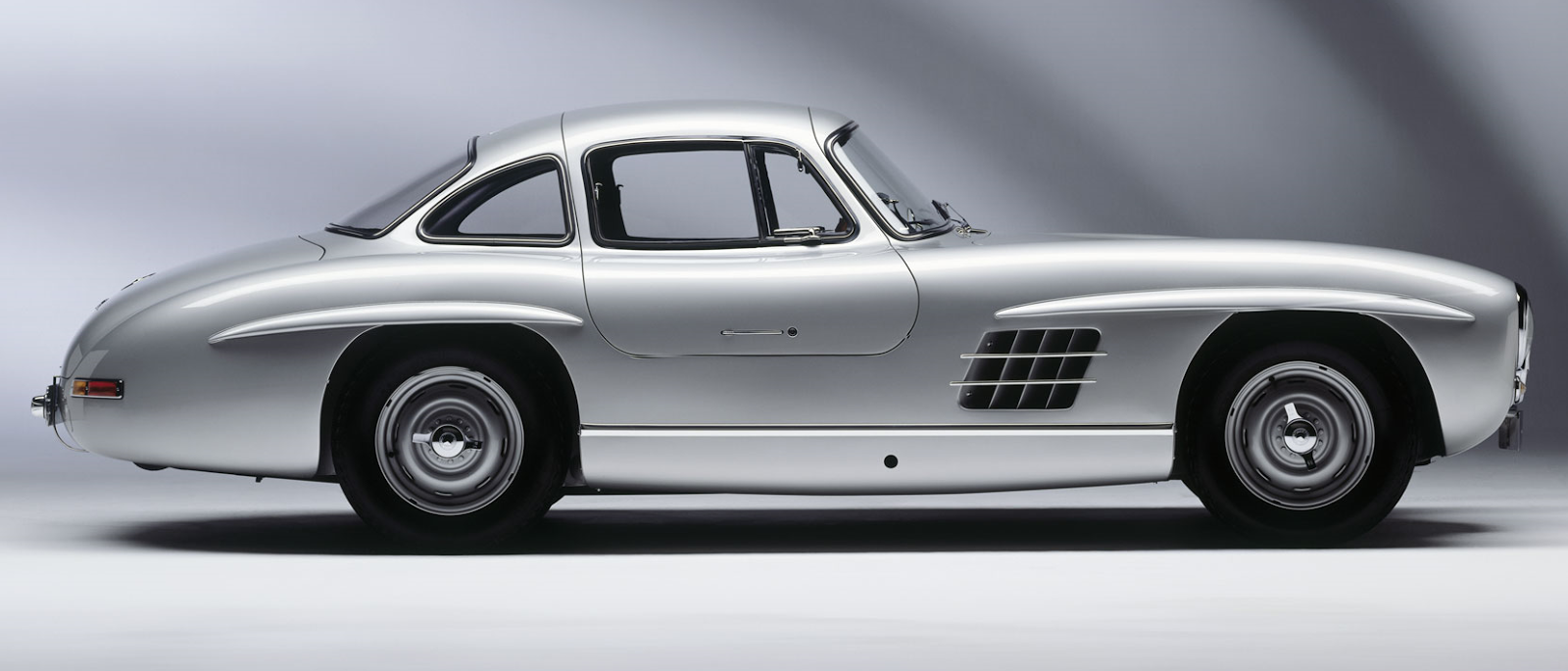 supercarworld 1954 mercedes benz 300 sl gullwing coupe. Black Bedroom Furniture Sets. Home Design Ideas