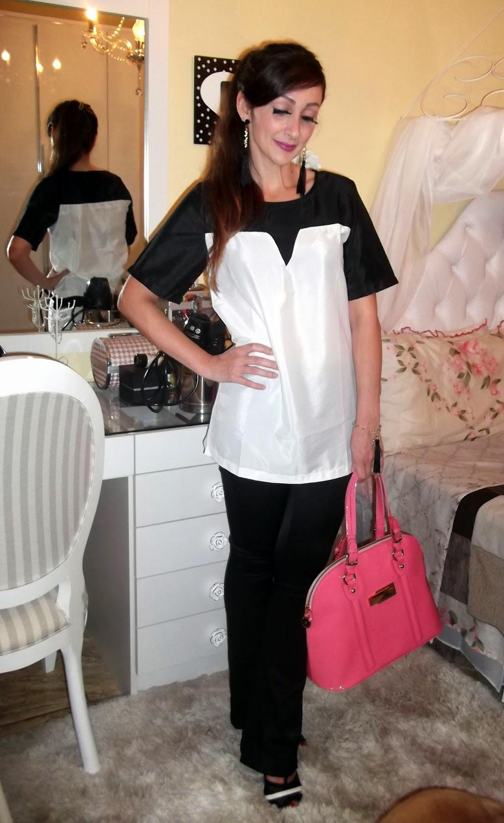 9d2149dc30982 Hoje venho com um clássico, o look preto e branco, que vai do trabalho ao  Happy hour, sem erro, e essa blusa do AliExpress foi mais uma compra bem  sucedida ...