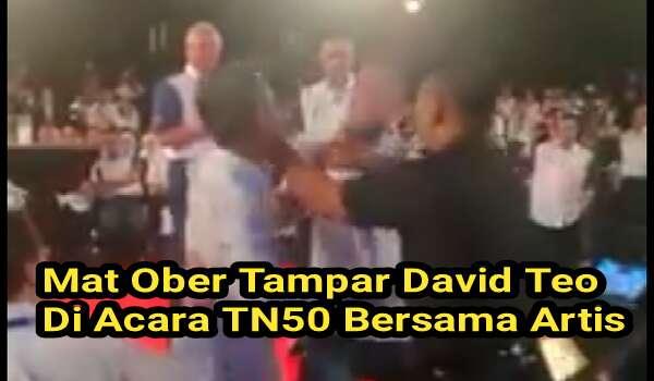 [Video] Aktor Veteran Mat Ober Tampar David Teo Di Depan PM Najib Razak Di Acara TN50 Bersama Artis