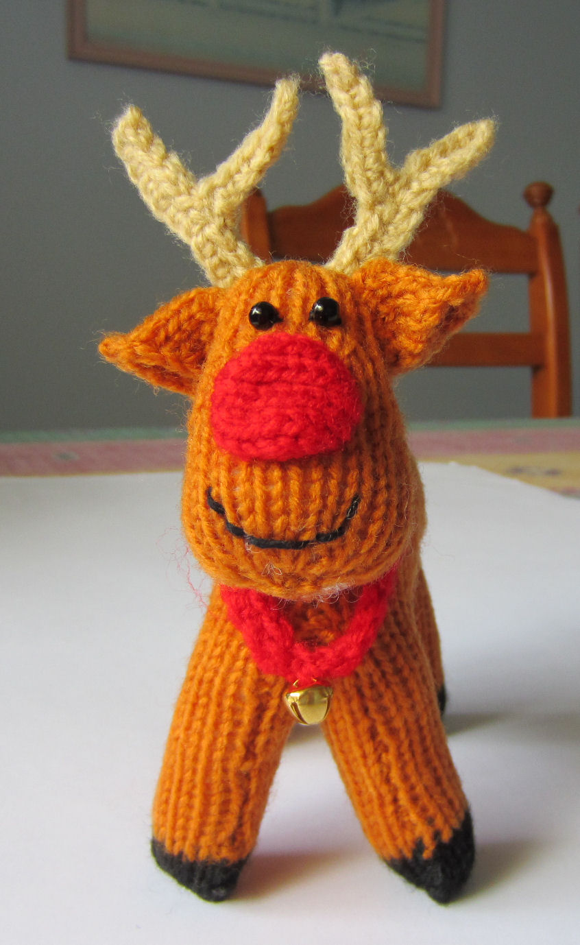 Knitting Terminology M1 : Justjen knits stitches rex the reindeer