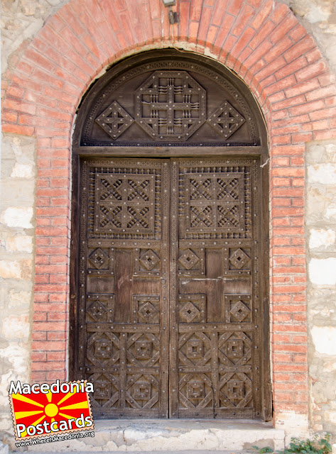 Врата од камбанаријата - Црква Пресвета Богородица Привлептос (Св. Климент) - Охрид, Македонија