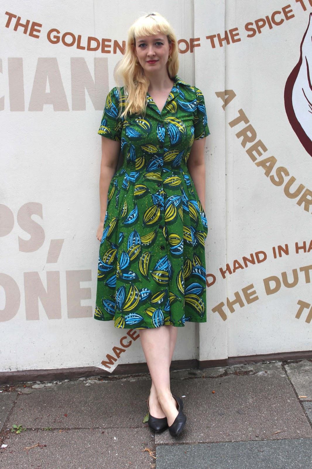 Top NorseOtter: Gertie Shirtwaist Dress LT89