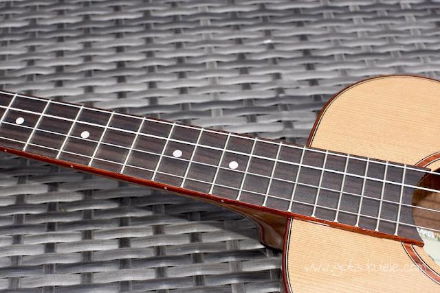 Kala KA-ABP-CTG Baritone Ukulele fingerboard