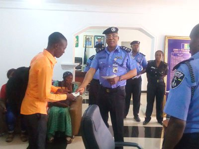 Families Of Killed Policemen Get N29million (Photo)