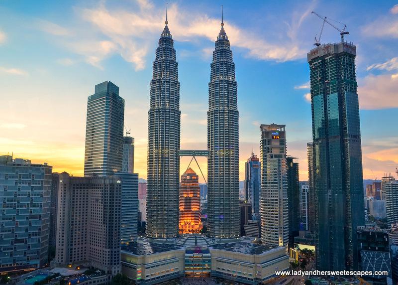 Petronas Twin Towers, Kuala Lumpur: Hours, Address, Petronas Twin Towers Reviews: 5/5