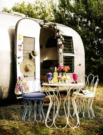 caravan decoration craft and decorate. Black Bedroom Furniture Sets. Home Design Ideas