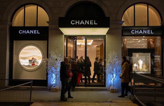 Réenchanter la rue du Rhône - Chanel