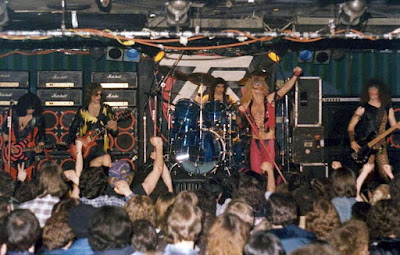 Twisted Fuckin' Sister... it didn't get any better then these fuckers during those amazing rock club days!!