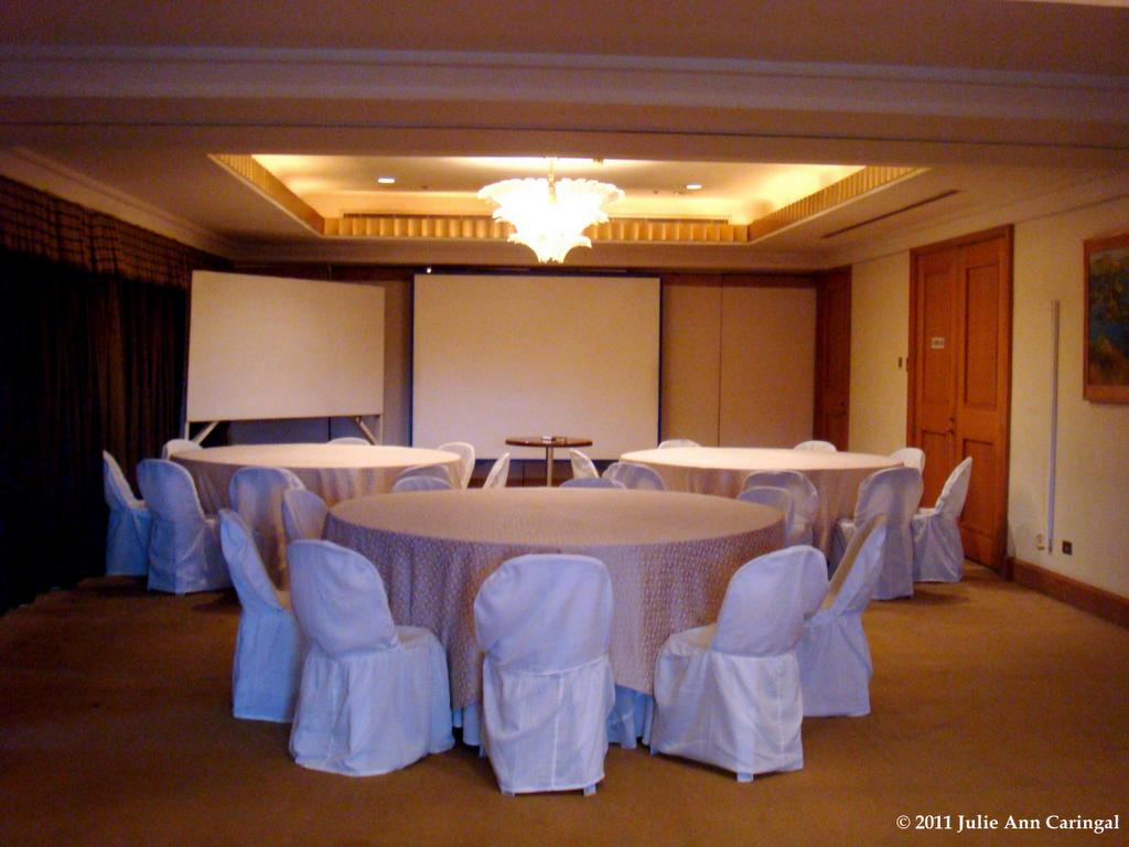 Clean Conference Room Solutions