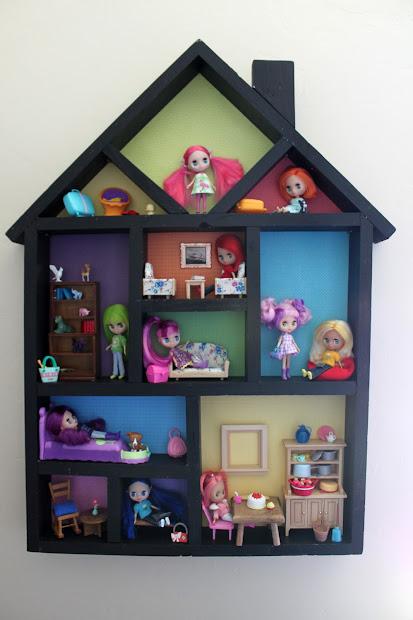Little Girl Dollhouse