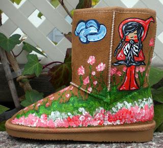 Botas y zapatillas pintadas a mano con originales diseños, pide ya las tuyas, de la mano de Talentox2 Moda.