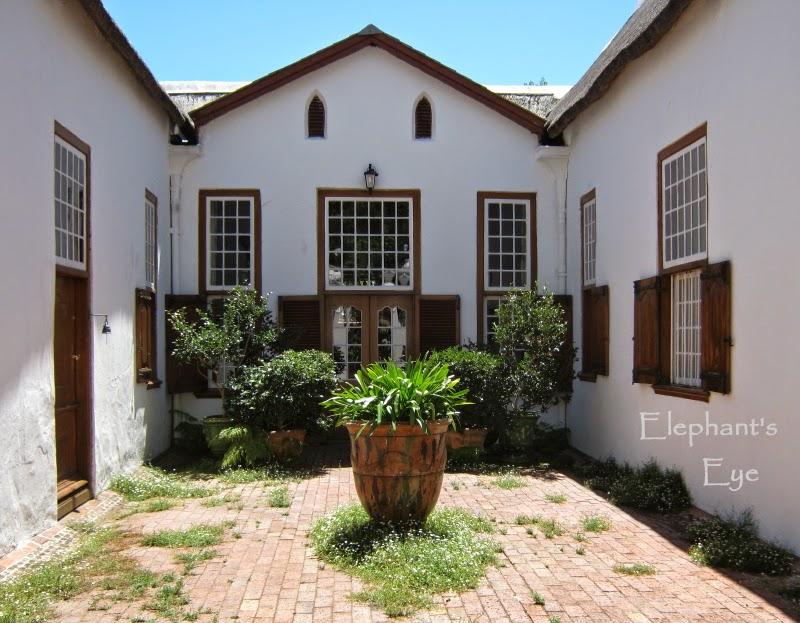 Stellenberg Courtyard
