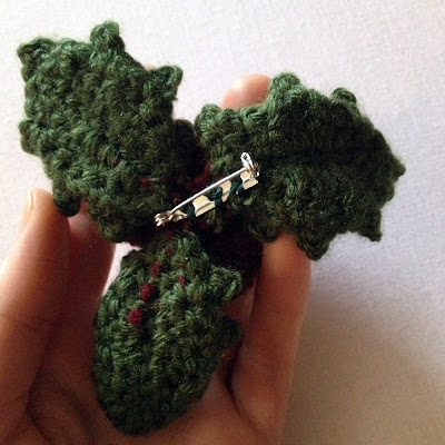 Crochet Holly Leaves Berries Only New Crochet Patterns
