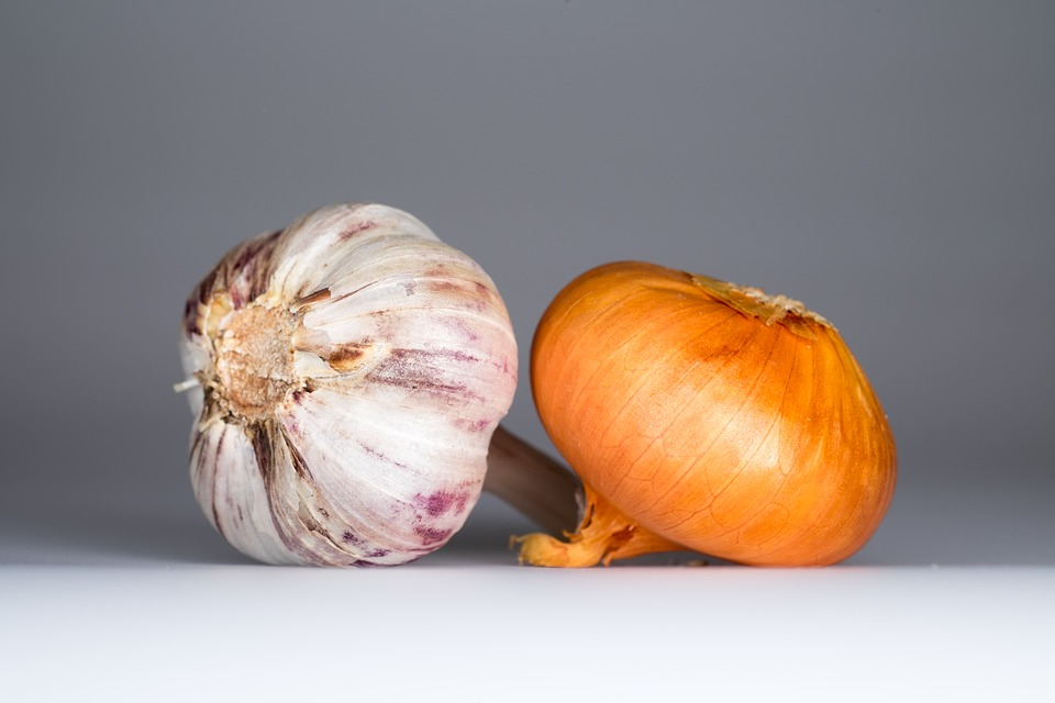 Onion and Garlic for Easy Potpie
