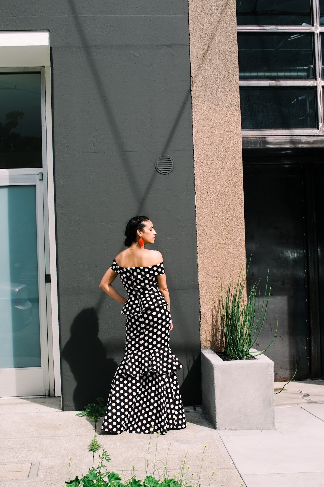 polka dot maxi dress, polka dot trend, polka dot ruffle maxi dress, black and white maxi dress, Vasic circle bag, red tassel earrings, spring style, san francisco style, how to wear polka dots