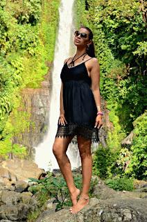 http://tamarachloestyleclues.blogspot.nl/2015/08/gitgit-waterfalls.html