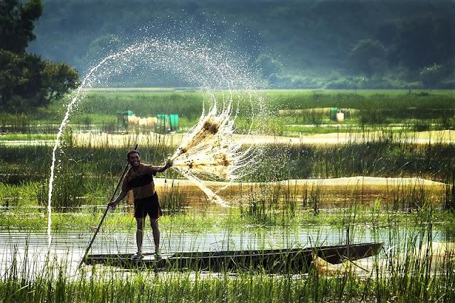 Looking for the hidden corner of the most beautiful season in Vietnam 2