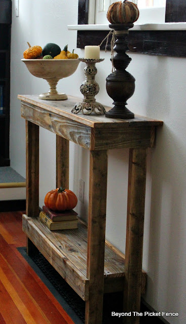 pallet shelf, table, rustic, DIY, http://www.beyondthepicket-fence.com/2016/10/simple-pallet-tableshelf.html