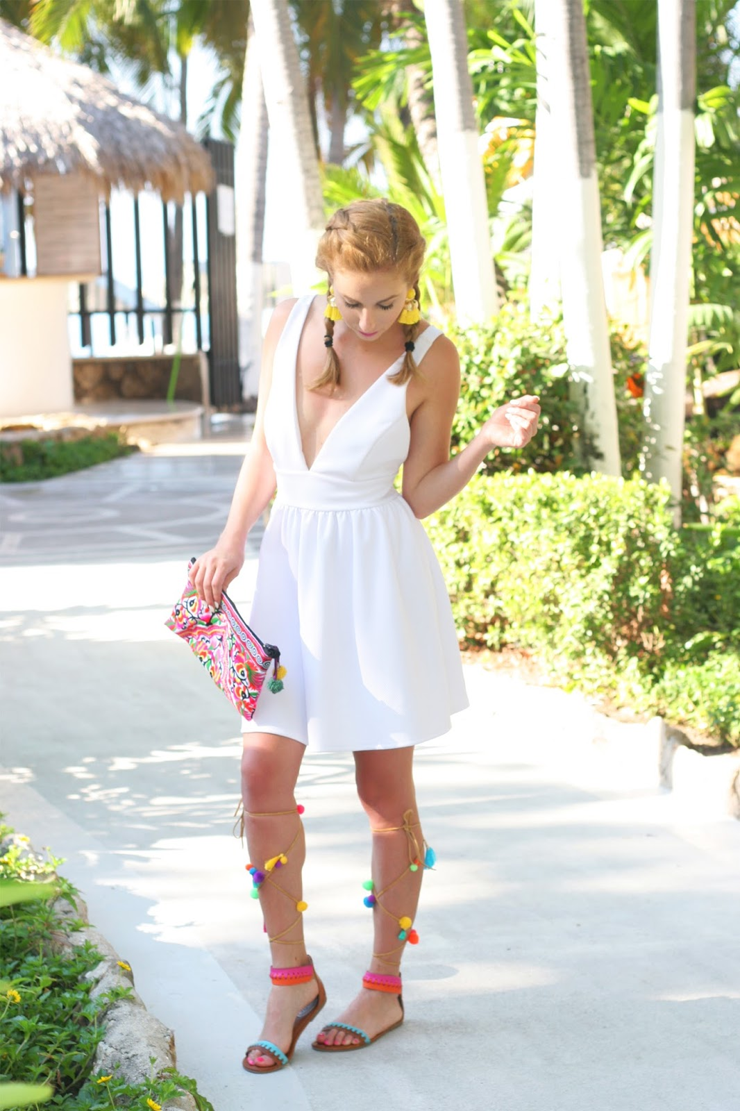 How-to-style-the-perfect-summer-look-colorful-resort-street-style