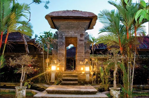 Rumah Minimalis Modern Dengan Konsep Nuansa Bali