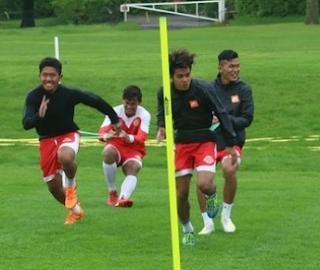 Garuda Select akan menghadapi Chelsea U-16 dalam pertandingan uji coba di Cobham