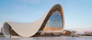 Heydar Aliyev Center karaya Zaha Hadid