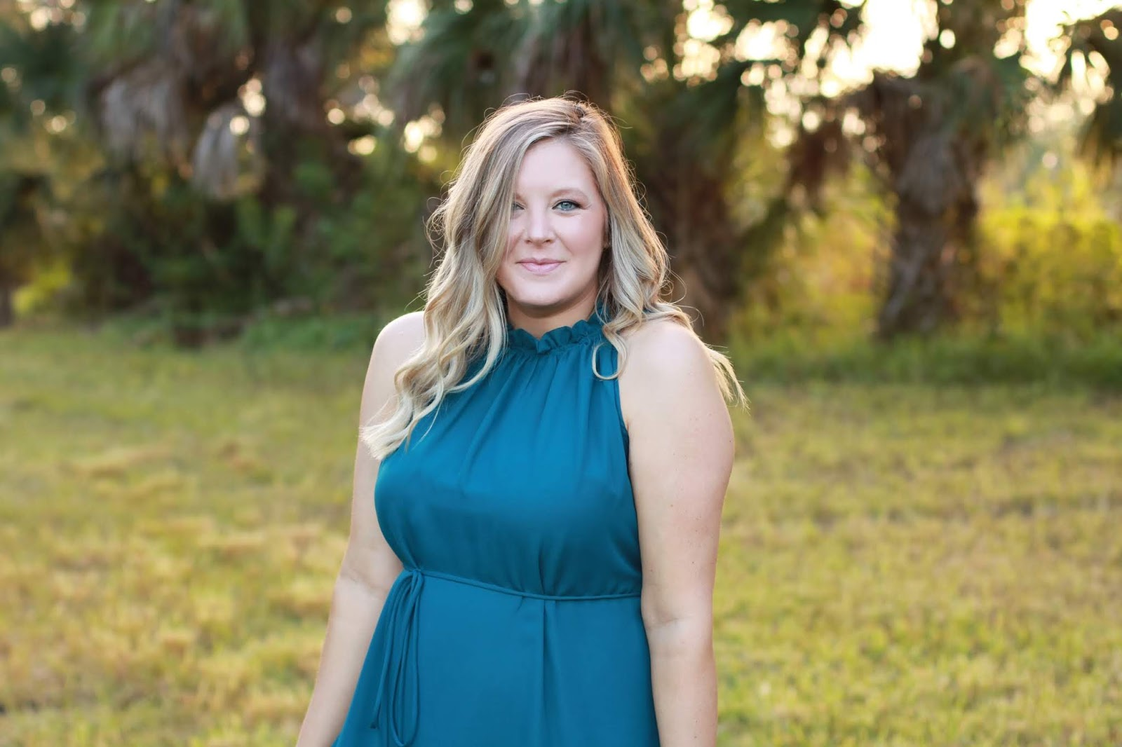 2607de3f2540c Today, I am teaming up with PinkBlush Maternity for a sponsored post to  share some maternity style. I have honestly tried so hard to get the  majority of my ...