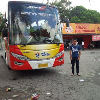 Sewa Bus Karawang