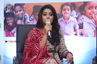 Shriya Saran and Meenakshi Dixit Pos at Quaker Feed A Child Campaign  0032.jpg