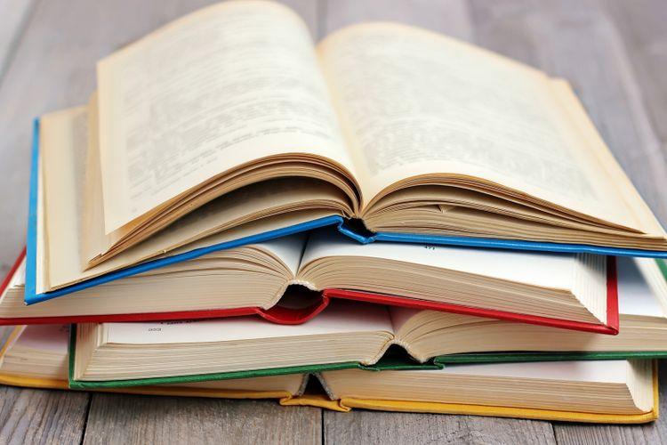 Menulis Naskah Buku