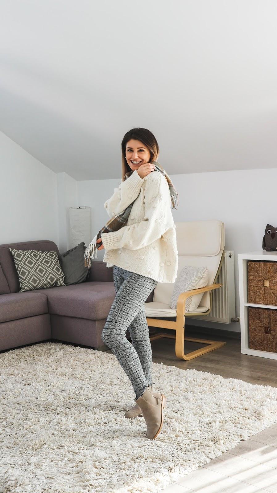 chunky knitwear outfit with pompom Zara sweater