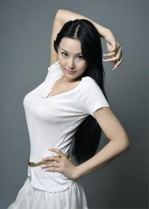 Beautiful Waterfalls Zhang Xin Yu Beauty Sexy Photo Model