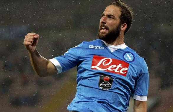 Higuain Selesaikan Tes Medis Guna Melengkapi Kepindahannya ke Juventus